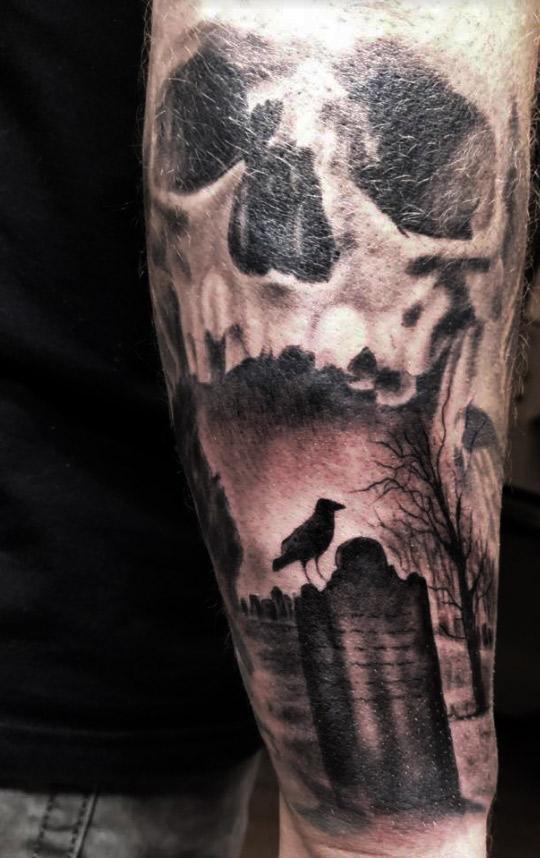 Tattoo Totenkopf Sleeve Skull Unterarm Mann